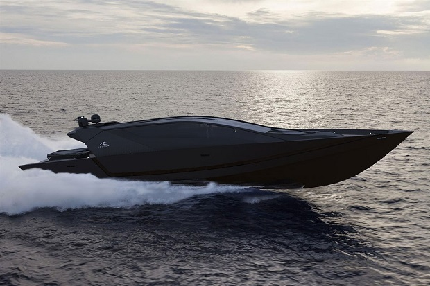 Isurus Power Yacht