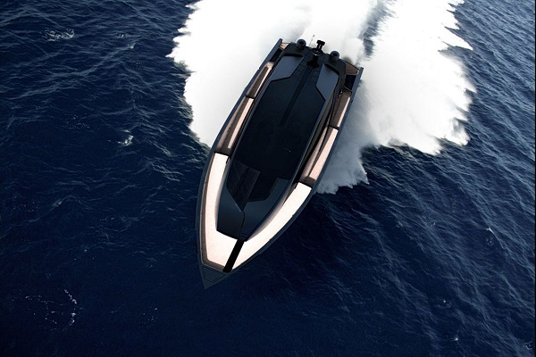 Isurus Power Yacht-3