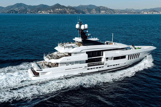 Admiral 50 M Ouranos