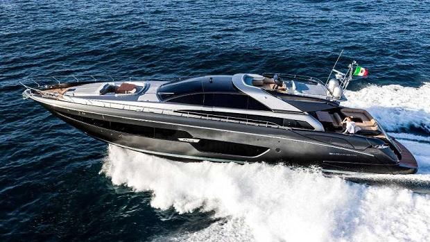 Riva Yacht 88' Domino Super