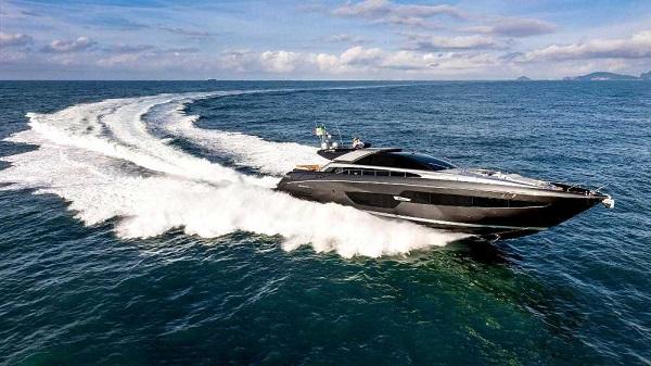 Riva Yacht 88' Domino Super-4